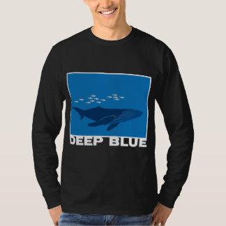 深いシロナガスクジラ Tシャツ