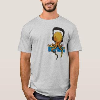 深い低音 Tシャツ