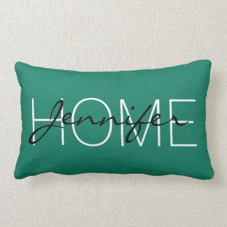 深い-緑-青緑色のターコイズ色の家のモノグラム ランバークッション