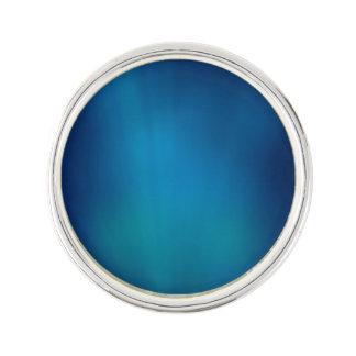 深く青い水中白熱 ラペルピン