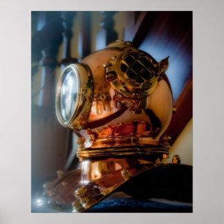 深海のダイバーのヘルメットポスター ポスター