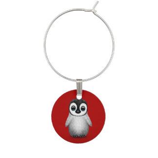深紅のかわいいベビーのペンギン ワインチャーム