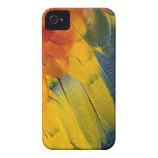深紅のコンゴウインコの羽パターン、Araマカオ Case-Mate iPhone 4 ケース