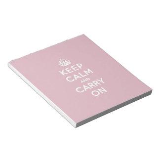 深紅のKeep Calm and Carry On (白い文字) ノートパッド