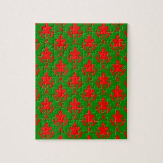 深緑色および赤く華美な壁紙パターン ジグソーパズル