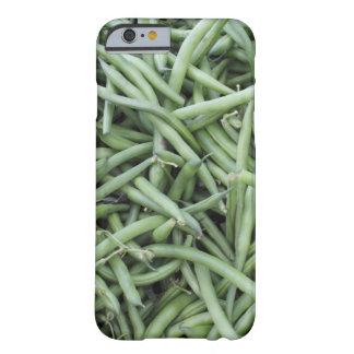 深緑色のひも豆 BARELY THERE iPhone 6 ケース