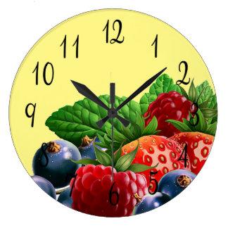 混合された赤くおよび青の果実 ラージ壁時計