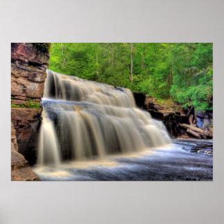 渓谷の滝、ミシガン州 ポスター