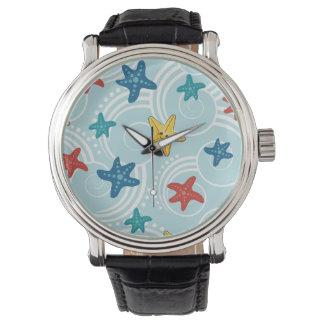 渦巻形のな海のヒトデ 腕時計