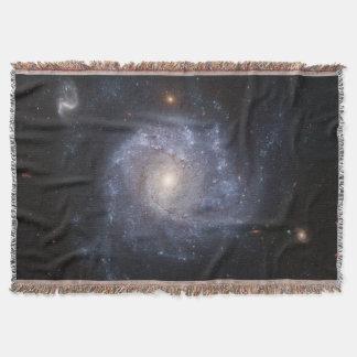 渦状銀河(NGC 1309年)の編まれたブランケット スローブランケット