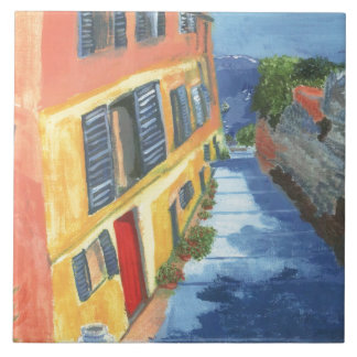 港および海のトスカナ式の通りの眺め タイル