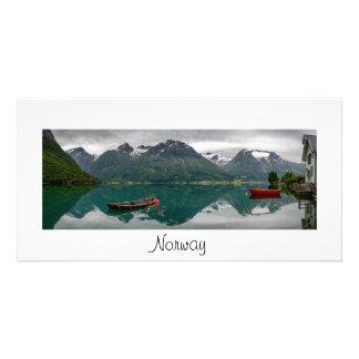 湖および文字が付いているパノラマカード: ノルウェー カード