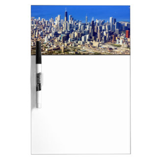 湖と都心のシカゴの空中写真 ホワイトボード