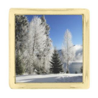 湖による冬 ゴールド ラペルピン