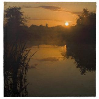 湖による日の出 ナプキンクロス