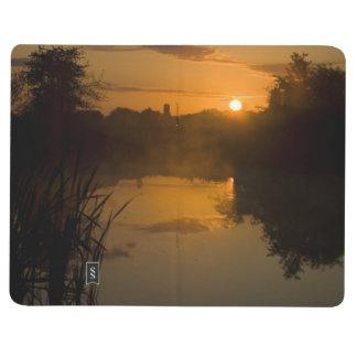 湖による日の出 ポケットジャーナル