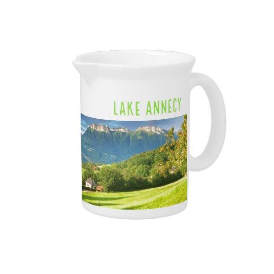 湖のアヌシーの水差しか水差し ピッチャー