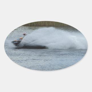 湖のジェット機のスキーヤー 楕円形シール
