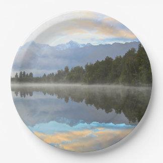 湖の反射 ペーパープレート