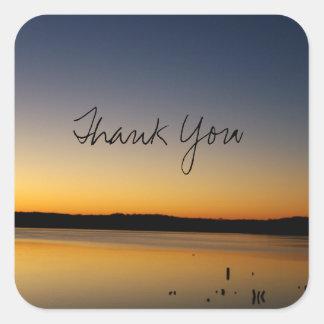 湖の日の出は感謝していしています スクエアシール