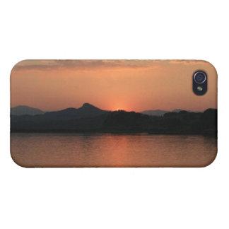 湖の日没4/4s iPhone 4 カバー