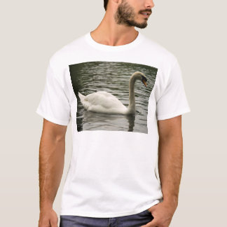 湖の白鳥 Tシャツ