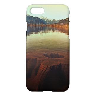 湖の眺めのカスタムなiPhone 7のマットの箱 iPhone 8/7 ケース
