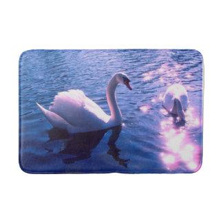 湖の美しい白鳥 バスマット