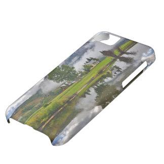 湖の霧の少し家 iPhone5Cケース