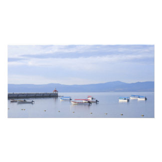 湖のChapalaスキフおよび桟橋 カード