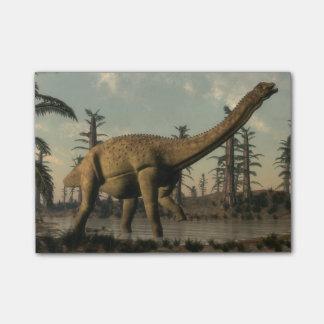 湖のUberabatitanの恐竜- 3Dは描写します ポストイット