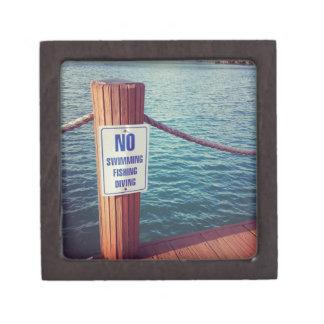 湖は写真を支配します ギフトボックス