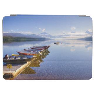 湖マクドナルドのグレーシャー国立公園、モンタナ、 iPad AIR カバー