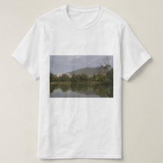 湖、サンフランシスコ、米国#5のTシャツ詰めて下さい Tシャツ