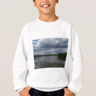 湖 スウェットシャツ