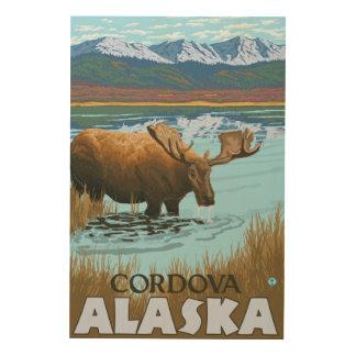 湖- Cordova、アラスカで飲んでいるアメリカヘラジカ ウッドウォールアート