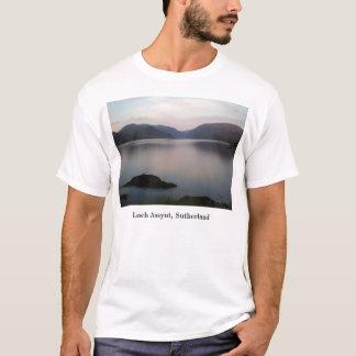湖Assynt、サザランド Tシャツ