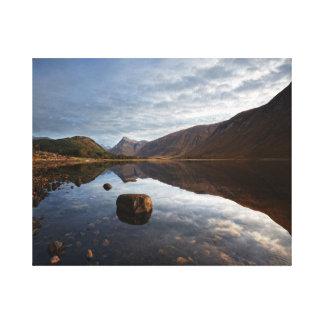 湖Etive、Glencoe、スコットランド キャンバスプリント
