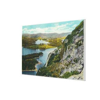 湖Megunticookの未婚の崖の眺め キャンバスプリント