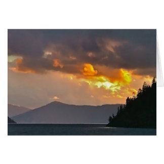 湖Pend Oreilleの雨雲 カード