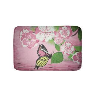 湯せんのマット上の蝶 バスマット