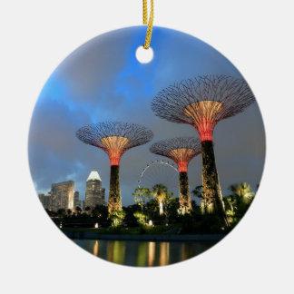 湾のシンガポールSupertree果樹園による庭 セラミックオーナメント