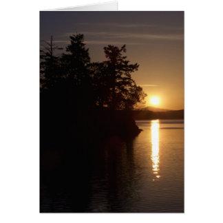 湾の島の日没 カード