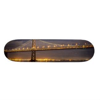 湾橋上のmoonrise今夜 スケートボードデッキ