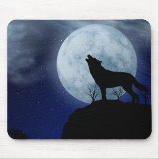 満月のオオカミ マウスパッド