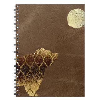 満月の下の金ゴールドそしてブラウンのクローバーくま ノートブック