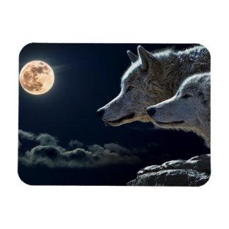 満月の冷蔵庫Magnで遠ぼえしているオオカミのオオカミ マグネット