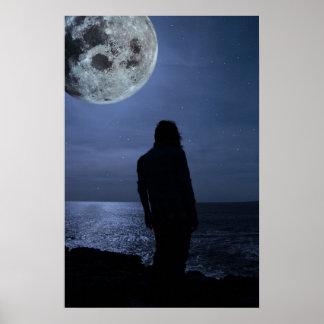 満月を持つ悲しい単独女性のシルエット ポスター