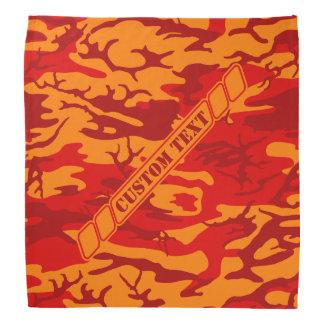 溶岩のカスタムな文字が付いている赤い迷彩柄のバンダナ バンダナ