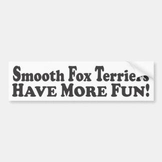 滑らかなフォックステリア犬はより多くの楽しい時を過します! -豊富なSticke バンパーステッカー
